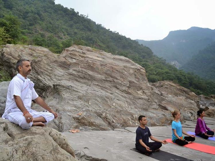 Jeevmoksha Yoga Gurukul Rishikesh India 3