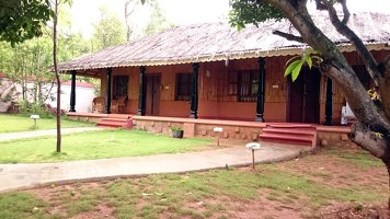 Indus Valley Ayurvedic Centre Rejuvenation/ Panchakarma Program Cottages