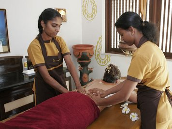 NaturOville Retreat Panchakarma Package