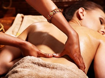 Devaaya Ayurveda and Nature Cure Centre  7 Nights / 8Days Ayurveda Therapy Package