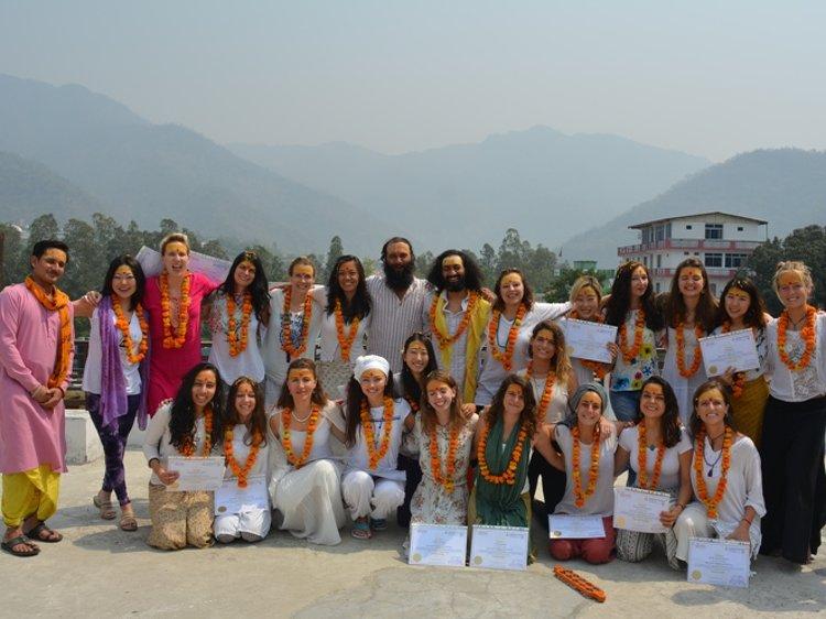 Om Shanti Om Rishikesh India 12