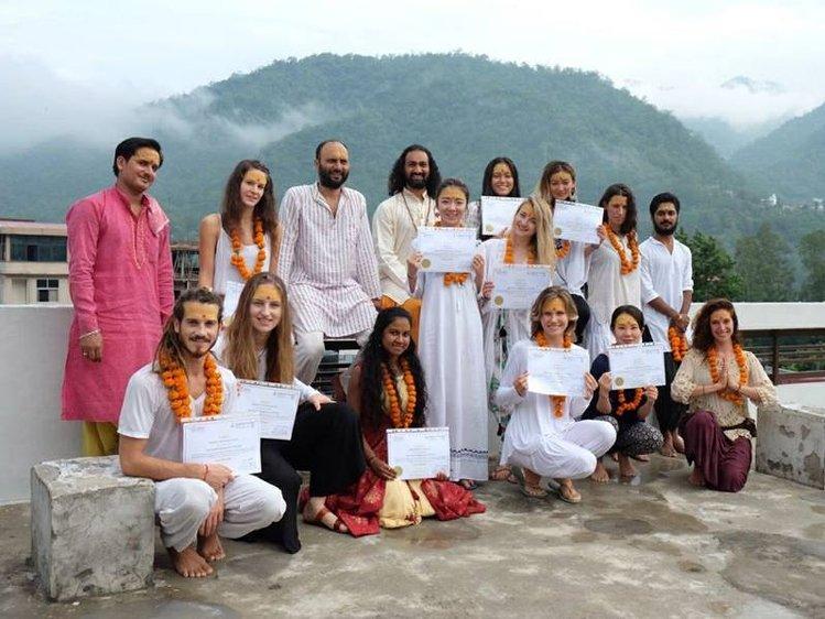 Om Shanti Om Beginner Level Yoga Courses 1
