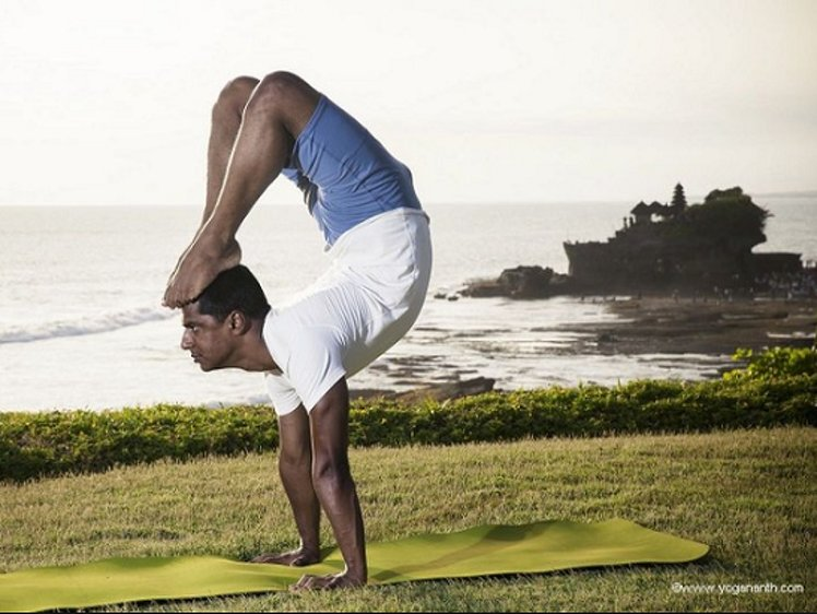 Top Five Yoga Asanas Names With Pictures And Benefits In