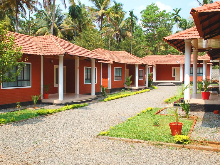 Kandamkulathy Ayursoukhyam Resort Thrissur India 1