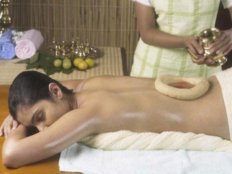 Kandamkulathy Ayursoukhyam Ayurvedic Village Spine Care Package 1