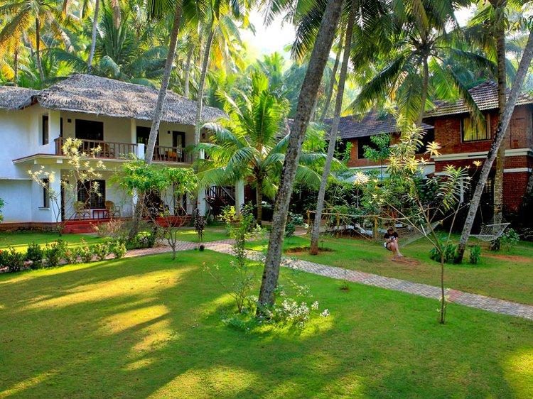Abad Harmonia Ayurveda Beach Resort Kovalam India 3