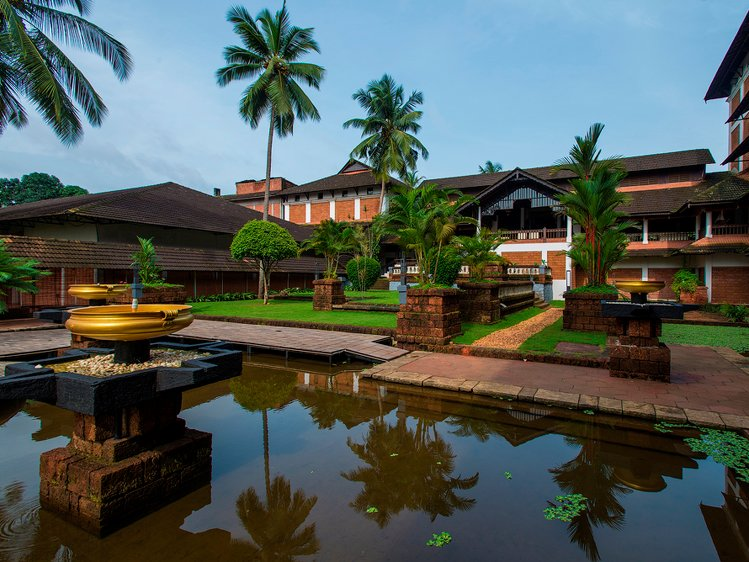 The Raviz Resort and Spa Kadavu Calicut India 7