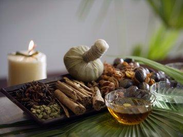 Niramayam Heritage Ayurveda Retreat 27 Nights / 28Days Cervical Spondylosis & Spine care Package