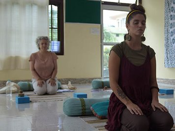 World Peace Yoga School 100 Hour (13 Nights / 14 Days) AYUR YOGA TTC