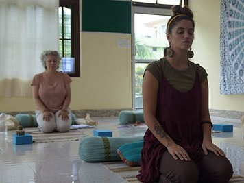 World Peace Yoga School 300 Hour (31 Nights / 32 Days) AYUR YOGA TTC