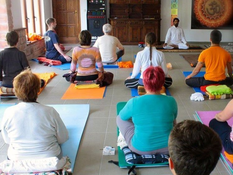 World Peace Yoga School 200 Hour Yoga Teacher Training 2