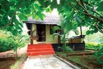 Rajah Healthy Acres - Indian Residents Ayurvedic Treatment Package Bamboo Hut