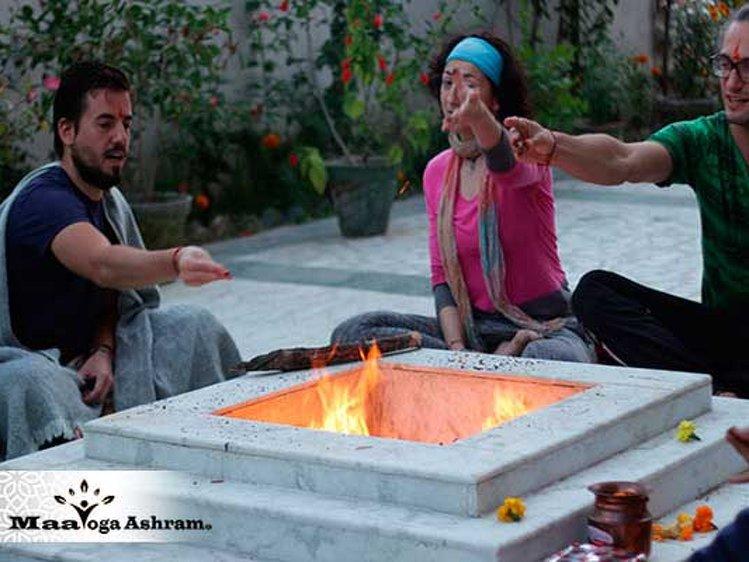 Maa Yoga Ashram Rishikesh India 8
