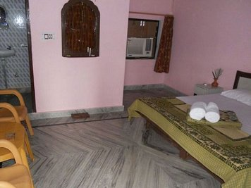 Rishikesh Sadan 200 Hrs Yoga Teacher Training Private Rooms