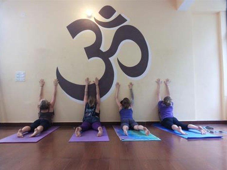 Reiki Course Level 1, 3 days, Rishikesh, Uttarakhand, India - AyurUniverse