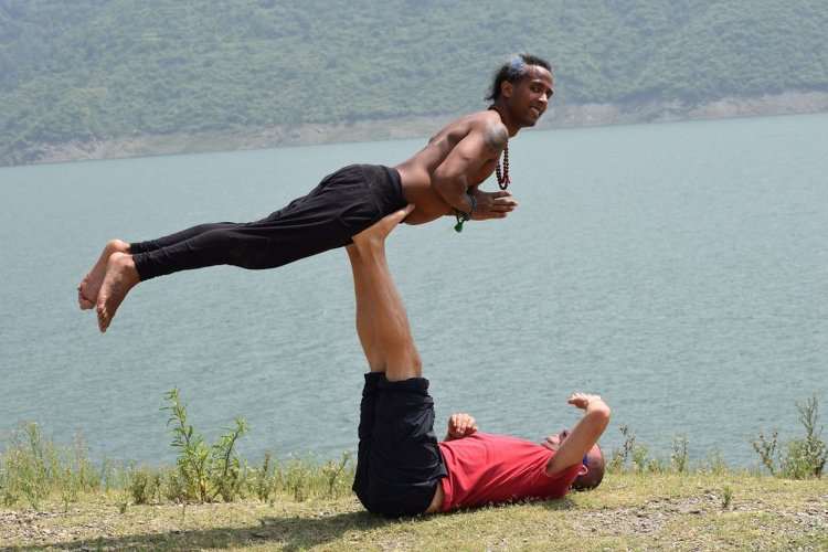 Rishikesh Nath Yogshala 100 Hours  Yoga Teacher Training India 2