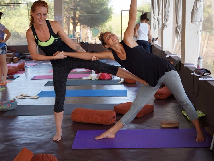 Mahi Yoga Center 200 hours Yoga Teacher Training 2