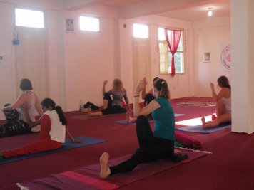 Sarvaguna Yoga Dhaama Yoga Teacher Training