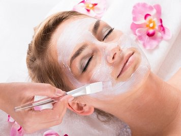 Keraleeyam Boutique Lakeside Ayurveda 26 Nights / 27 Days Beauty Care Package