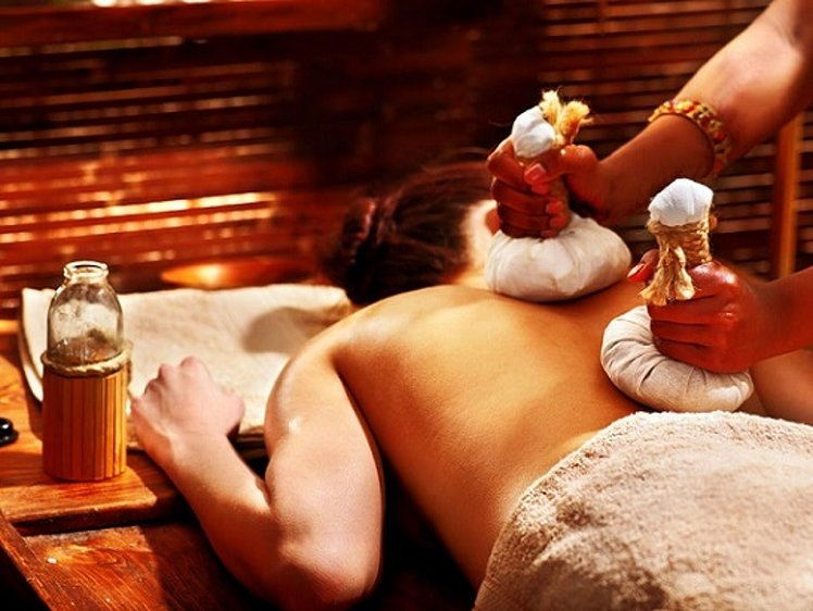 Keraleeyam Boutique Lakeside Ayurveda Ayurvedic Health Care Package 2