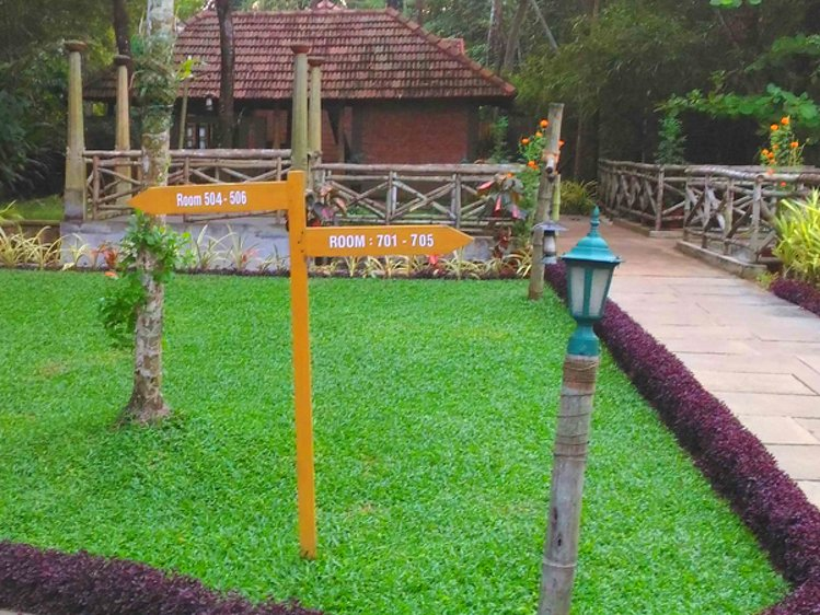Punnamada Resort Alappuzha India 4