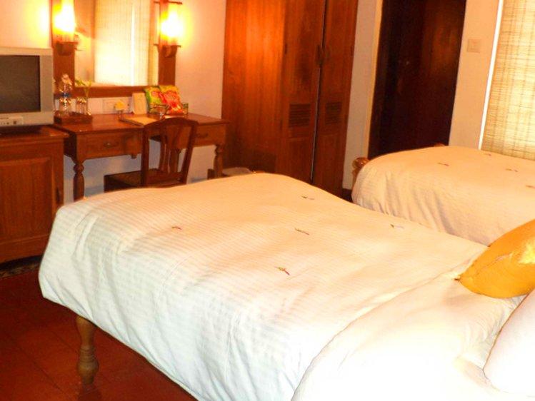 Punnamada Resort Alappuzha India 8
