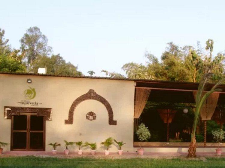 Dr Sudha's Ayurveda Kendra New Delhi India 6