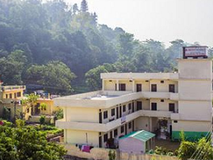 Akshi Yogashala Rishikesh India 2