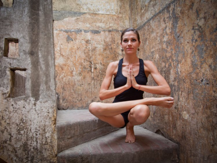 Akshi Yogashala 200 Hrs HATHA and VINYASA Yoga Teacher Training Program 1