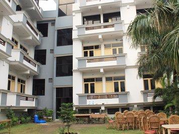 Rishikul Yogshala Rishikesh India