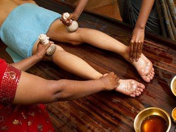 Kumarakom Lake Resort 14 Nights / 15 Days Arthritis Treatment