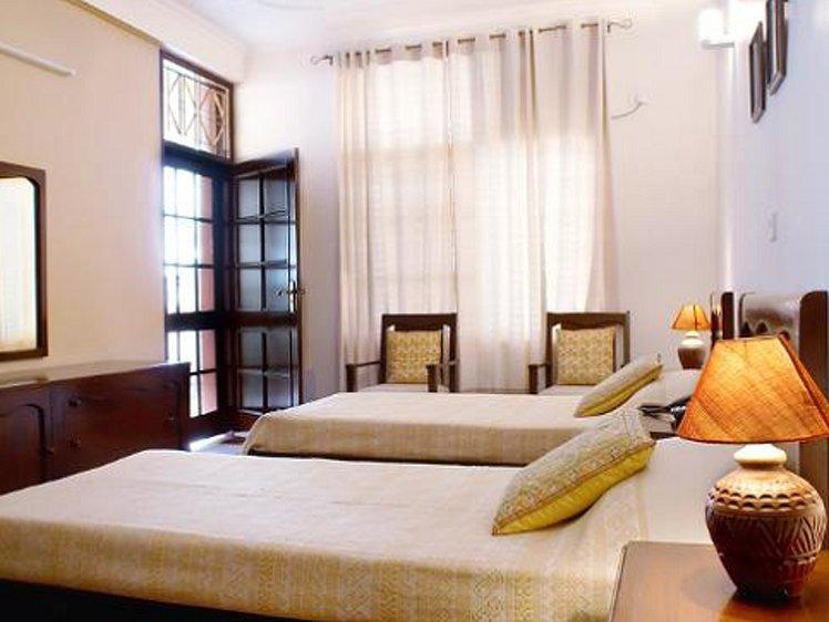 Ayurveda Bhavan Rishikesh India 4