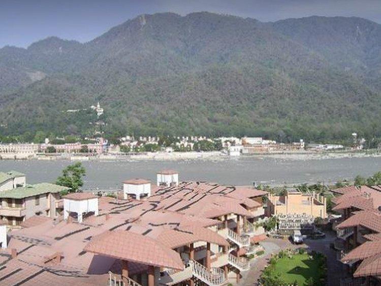 Ayurveda Bhavan Rishikesh INDIA 7