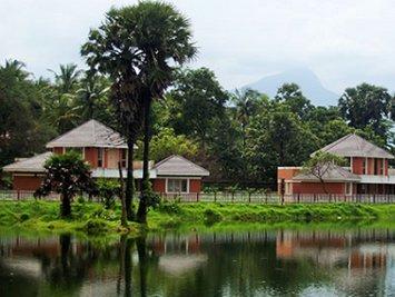Ahalia Ayurvedic Hospital Lake View