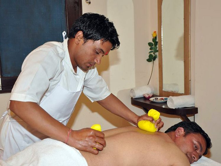 Sandhya Sulphur Hot Springs Health Care Tattapani India 17