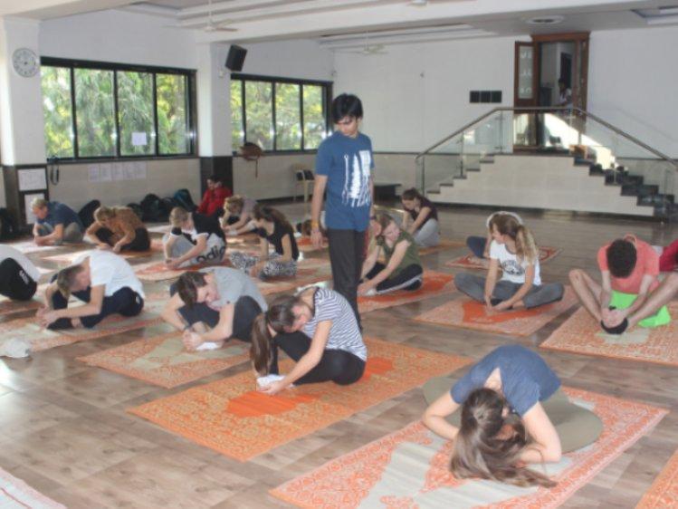The Yoga Institute Mumbai India 2