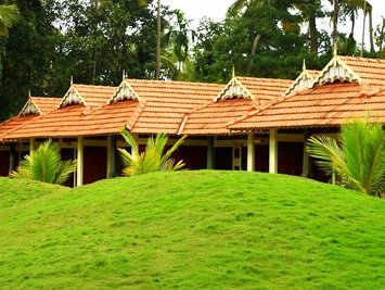 Deepanjali Wellness & Retreat Dakshinayanam / Visarga Kala Chikitsa Cottage