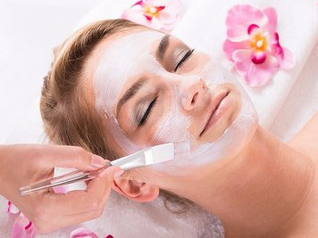 Majlis Ayurvedic Health Park 20 Nights / 21 Days Skin Care