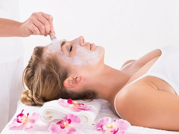 The White Lotus 14 Nights / 15 Days Beauty Care