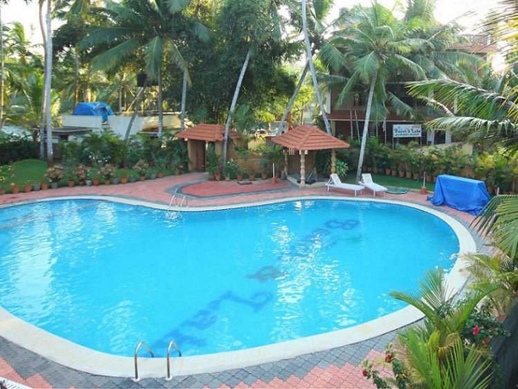 Beach and Lake Ayurvedic Resort Thiruvananthapuram India 7