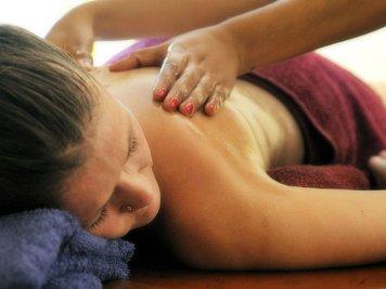 Beach and Lake Ayurvedic Resort 27 Nights / 28Days Body Purification Therapy