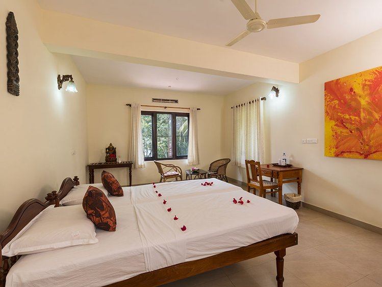 Ananda Lakshmi Ayurveda Retreat Chowara, Kovalam India 9