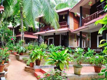 ShinShiva Ayurvedic Ashram Psoriasis Treatment Program Special Kerala wooden Bungalow