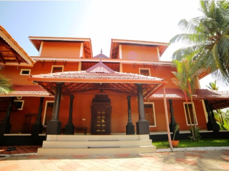Sree Chithra Ayur Home Thrissur India 1