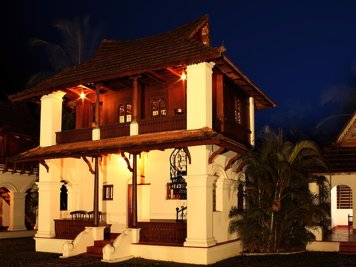 Soma Kerala Palace Yuvaraja Suite