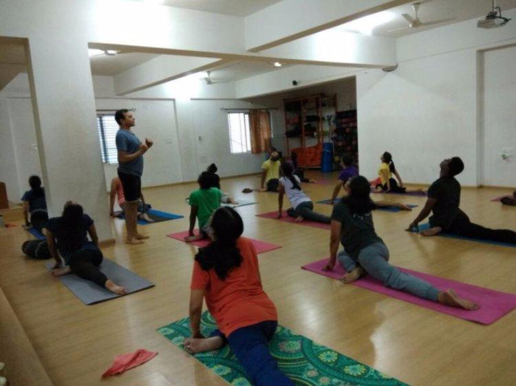 Kashish Yoga 100 Hour Aerial & Yin Yoga Teacher Training Course 1