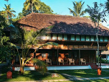 Coconut Lagoon Heritage Mansion