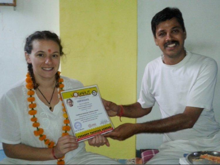 YogaHut Tapovan Rishikesh India 1