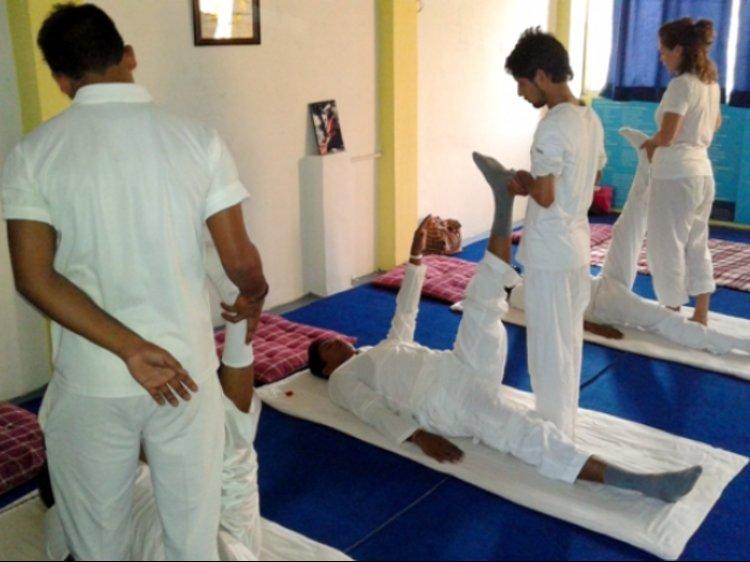 YogaHut Tapovan Yoga Teacher Training 1