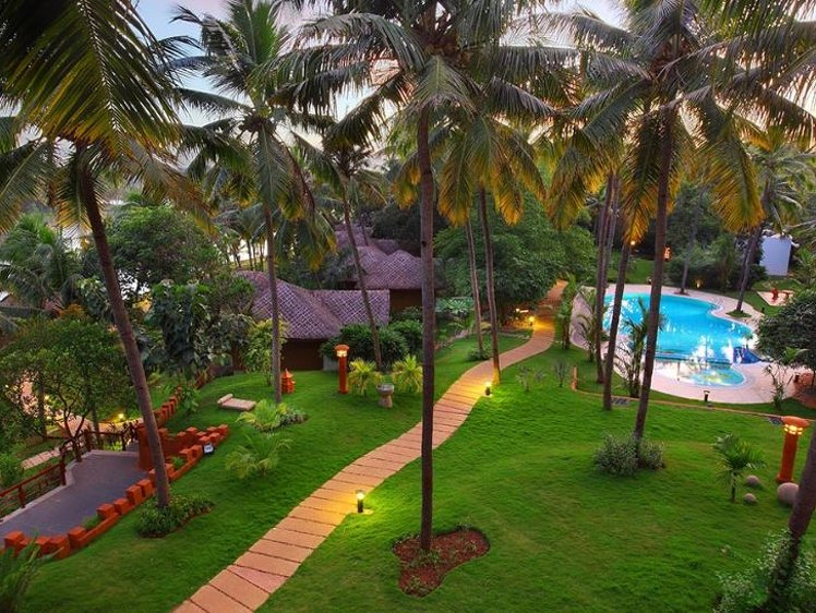 Fragrant Nature Backwater Resort Kollam India 1